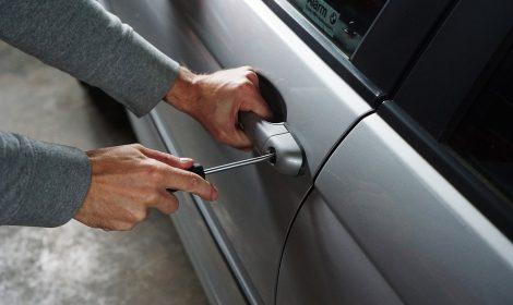 В каких ситуациях может понадобиться экстренное вскрытие авто?